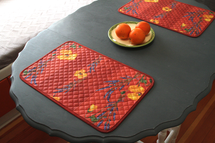 "French Coated Placemats Collection ""Coquelicot"" Red"