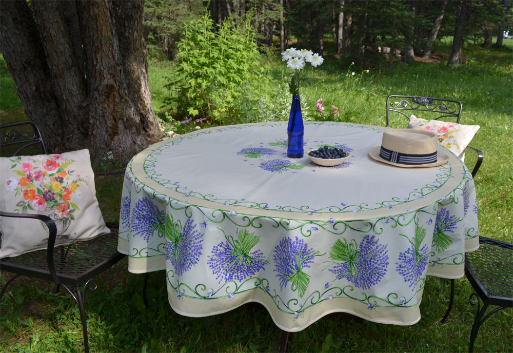 "French Round Coated Tablecloth Collection ""Bouquet"" Cream"